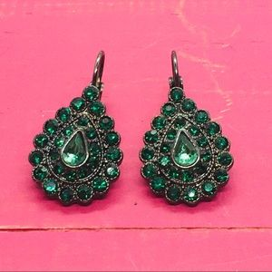 Teardrop green crystal earrings